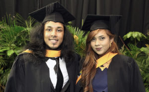 Summa cum laude Bachelor of Commerce graduates Mr Arjun Nandlal and Ms Suwayfa Abdul Karrim.